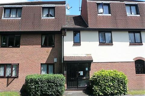 1 bedroom ground floor flat to rent - Osbourne Mews, Slough SL1