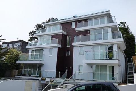 2 bedroom flat to rent - Highmoor Road, Poole, Dorset BH14