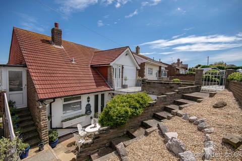 3 bedroom detached house for sale - Lenham Avenue, Saltdean, Brighton BN2
