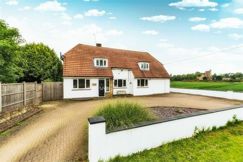 4 bedroom detached house to rent - Stanwell Road, Horton, Berkshire