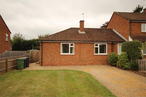 2 bedroom semi-detached bungalow to rent - Leachcroft, Chalfont St Peter, Gerrards Cross, Buckinghamshire