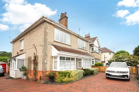 2 bedroom flat to rent - St. Osmunds Road, Poole, BH14
