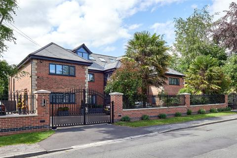 6 bedroom detached house for sale - Eyebrook Road, Bowdon, Cheshire, WA14