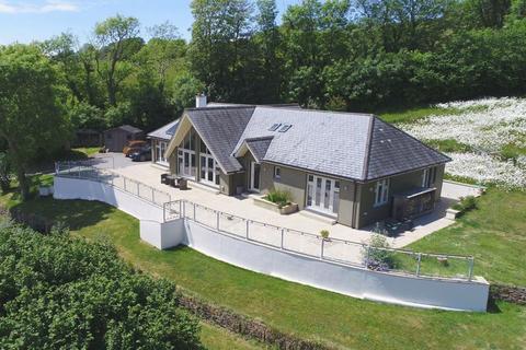 3 bedroom detached bungalow for sale - Kellow, Looe