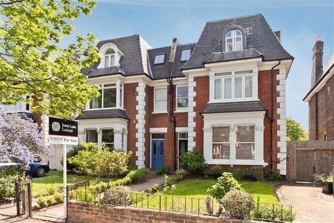1 bedroom flat for sale - Micheldever Road, Lee, London, SE12