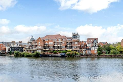 3 bedroom flat to rent - Eton Riverside, 39-55 King Stable Street, Eton, Windsor