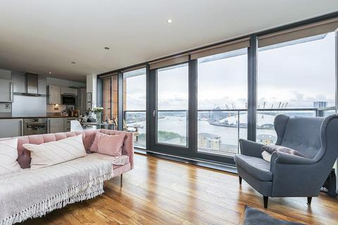 2 bedroom flat for sale - Blackwall Way, London E14