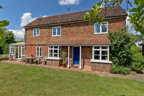 4 bedroom detached house for sale - Kingsford Street, Mersham, Ashford