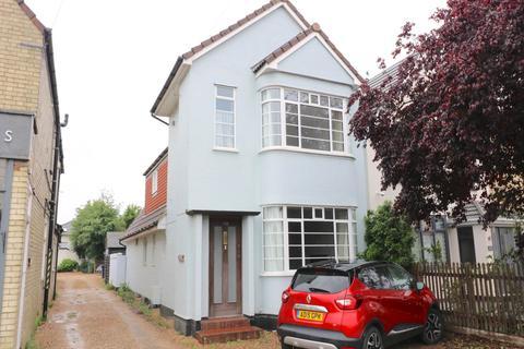 3 bedroom detached house to rent - Shelford Road, Trumpington, Cambridge