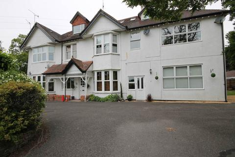 2 bedroom apartment to rent - 48 Kings Avenue , Penn Hill, Poole