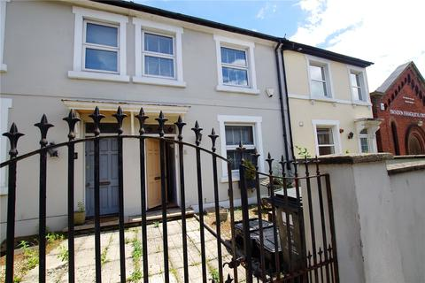 3 bedroom terraced house - Devizes Road, Old Town, Swindon, Wiltshire, SN1