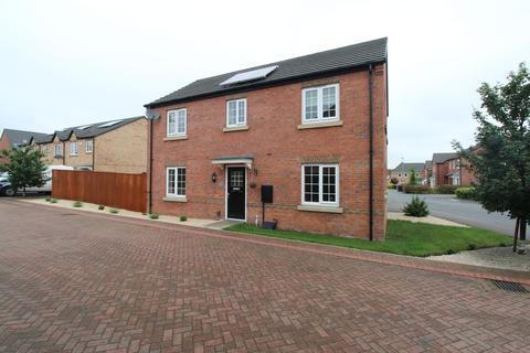4 bedroom detached house for sale - Baslow Place, Waverley