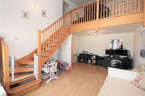 2 bedroom apartment to rent - St Davids Square, Isle of Dogs, E14