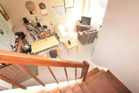 2 bedroom terraced house to rent - St. Johns Lane, BRISTOL, BS3