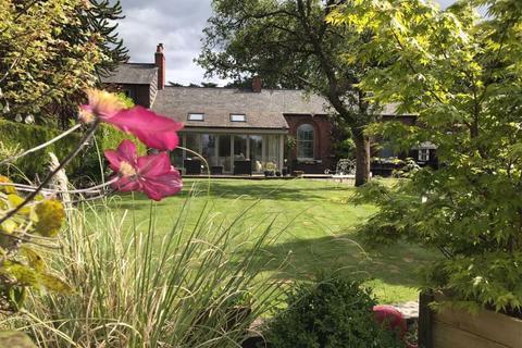 3 bedroom house for sale - Towers Yard Farm, Towers Road, Poynton