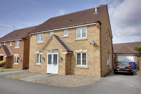 5 bedroom detached house for sale - Myrtle Way, Brough
