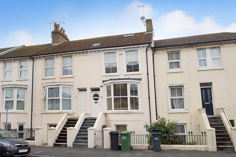 5 bedroom terraced house for sale - Tideswell Road, Eastbourne