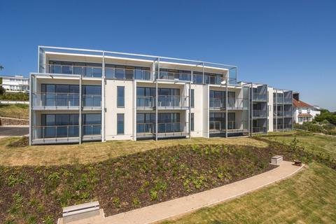 2 bedroom apartment to rent - CARLYON BAY