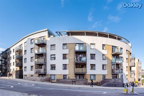 2 bedroom apartment for sale - Sharpthorne Court, Central Brighton