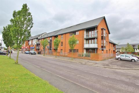 2 bedroom apartment for sale - Oakridge Village, Basingstoke