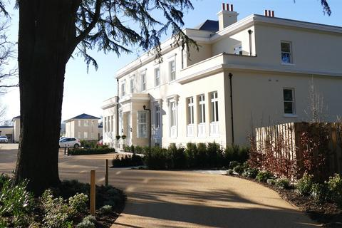 2 bedroom apartment for sale - Sturts Lane, Walton-on-the-Hill, Tadworth