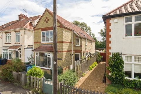 3 bedroom detached house to rent - Stretten Avenue, Cambridge
