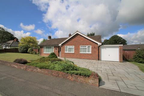 3 bedroom detached bungalow for sale - Homewood Road, Tenterden