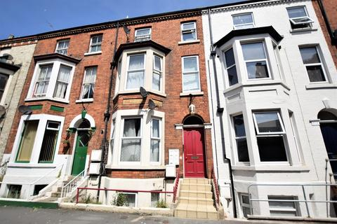 1 bedroom apartment to rent - Belle Vue Parade, Scarborough