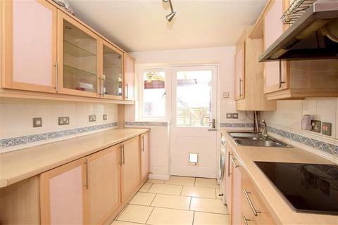 4 bedroom detached house for sale - Church Green, Shoreham, West Sussex