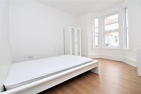 House share to rent - Reidhaven Road, Plumstead, SE18
