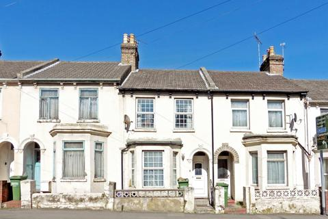 2 bedroom terraced house to rent - Pavilion Road Folkestone CT19