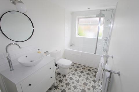 2 bedroom house for sale - Warren Road, Croydon, CR0