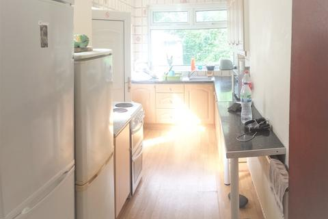 3 bedroom property to rent - Mornington Crescent, Fallowfield, M14 6DG