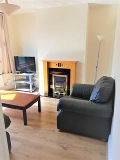 4 bedroom property to rent - Delacourt Road, Withington, M14 6BX