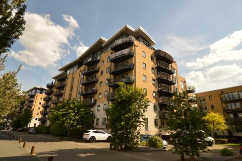 4 bedroom apartment for sale - Stretton Mansions, Glaisher Street, Millenium Quay, SE8