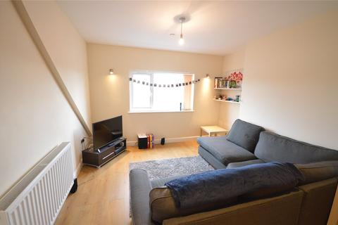 2 bedroom apartment to rent - Mackintosh Place, Roath, Cardiff, CF24
