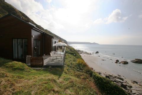2 bedroom detached bungalow for sale - Tregonhawke