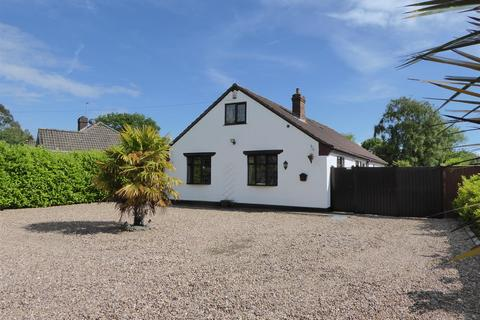 5 bedroom chalet for sale - Tetney Lane, Holton le Clay