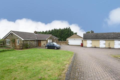 4 bedroom detached bungalow for sale - Hare Edge, Eastmoor, Derbyshire