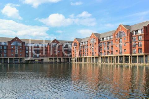 2 bedroom apartment to rent - York Court, Schooner Way, Cardiff Bay