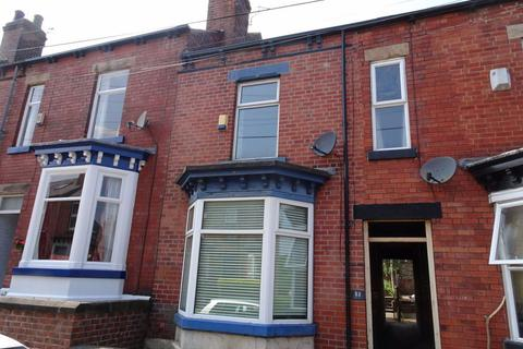 3 bedroom terraced house to rent - Peveril Road, Hunters Bar, Sheffield, S11 7AP