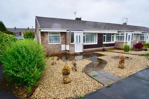 2 bedroom bungalow to rent - Dovecote, Yate, Bristol, BS37