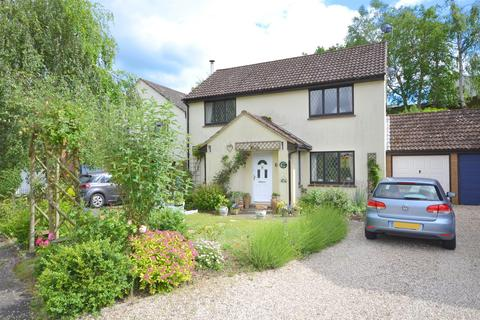 4 bedroom detached house for sale - Hoynors, Danbury