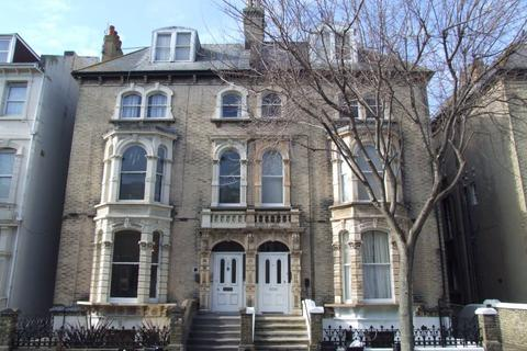 1 bedroom ground floor flat to rent - Tisbury Road, HOVE, BN3