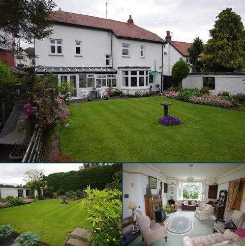 4 bedroom detached house for sale - Conway Road, Llandudno