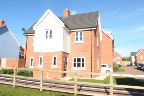 3 bedroom detached house to rent - Buzzard Rise, Stowmarket