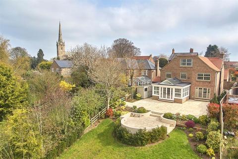 5 bedroom detached house for sale - Beechfield, Newton on Ouse, York, YO30 2DJ