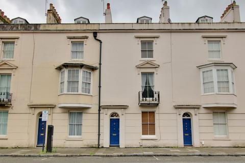 3 bedroom property for sale - Southampton
