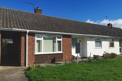 2 bedroom bungalow for sale - Bladon Estate, Fishtoft, Boston, Lincolnshire, PE21 0QZ
