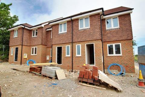 3 bedroom end of terrace house for sale - Dewpond Close, Lancing, West Sussex, BN15